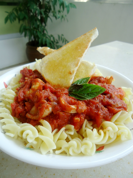 Simple Sunday Snack: Seafood Marinara