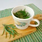 Simple Sunday Snack: Tarragon Tea
