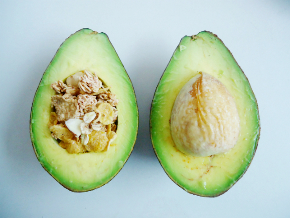 Simple Sunday Snack: Bitterless Avocados