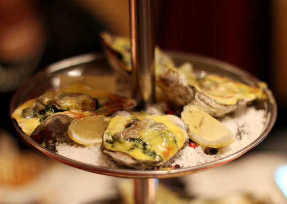 Oysters Plateau at 22 Prime
